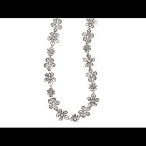NWT Premier Designs Daisy Chain Necklace